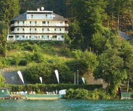 Holiday flats Seehaus Gaby Maria Wörth am Wörthersee - OKT01013-SYC