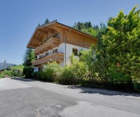 Städtisches Ferienhaus in Hollersbach im Pinzgau mit Garten