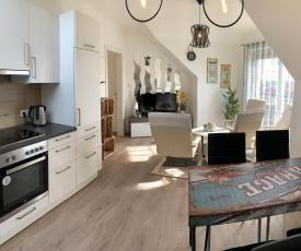 Donauland: Große Helle 2 Schlafzimmer Wohnung