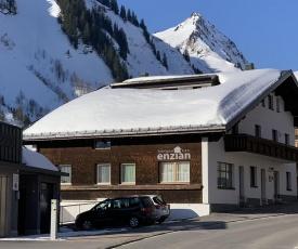 Hotel Garni Enzian