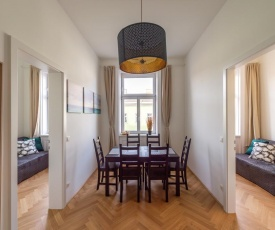 Wallenstein Apartments - contactless check in