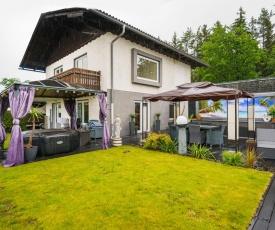 Lovely Holiday Home in Feldkirchen in Kärnten with Jacuzzi