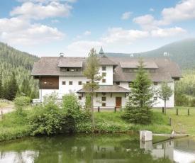 Two-Bedroom Apartment in Glodnitz