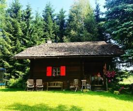 Cozy Log Cabin near Faaker See