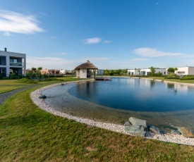 Elite Holiday Home in Lutzmannsburg with Pool